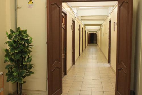 административный коридор